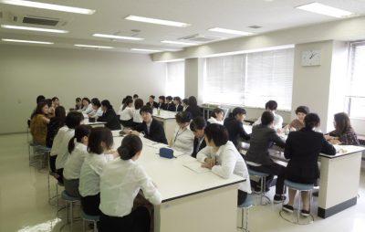 卒業生との懇談会